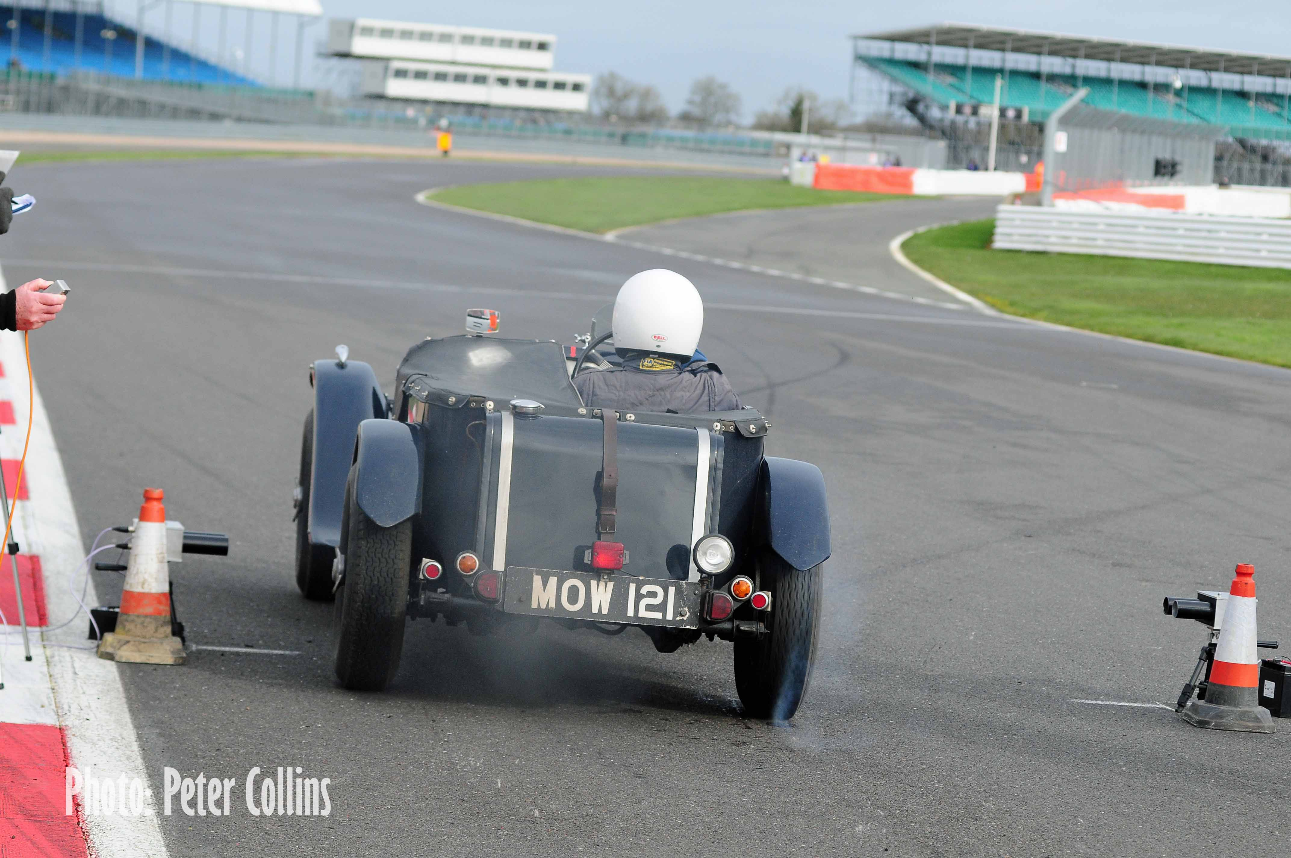 HRS foils 'Chain Gang' charge at the Pomeroy Trophy cover