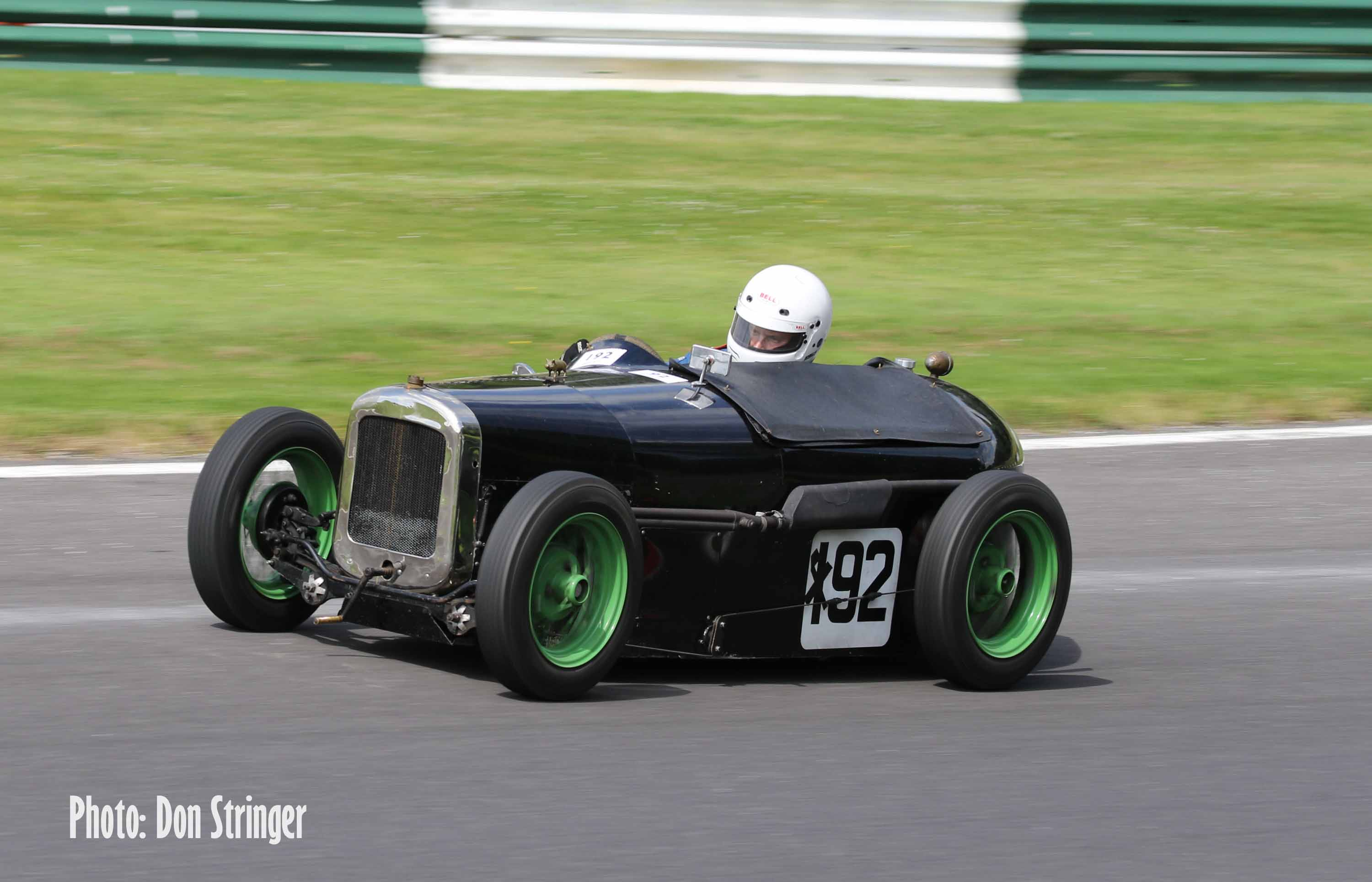 Teenager Tom steals the show at another Vintage Cadwell cover