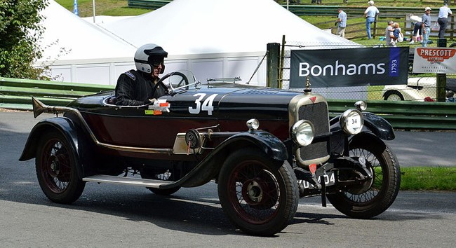 BONHAMS AND VSCC SIGN NEW FIVE-YEAR PARTNERSHIP DEAL  cover